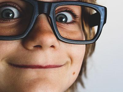Kinder Brillen